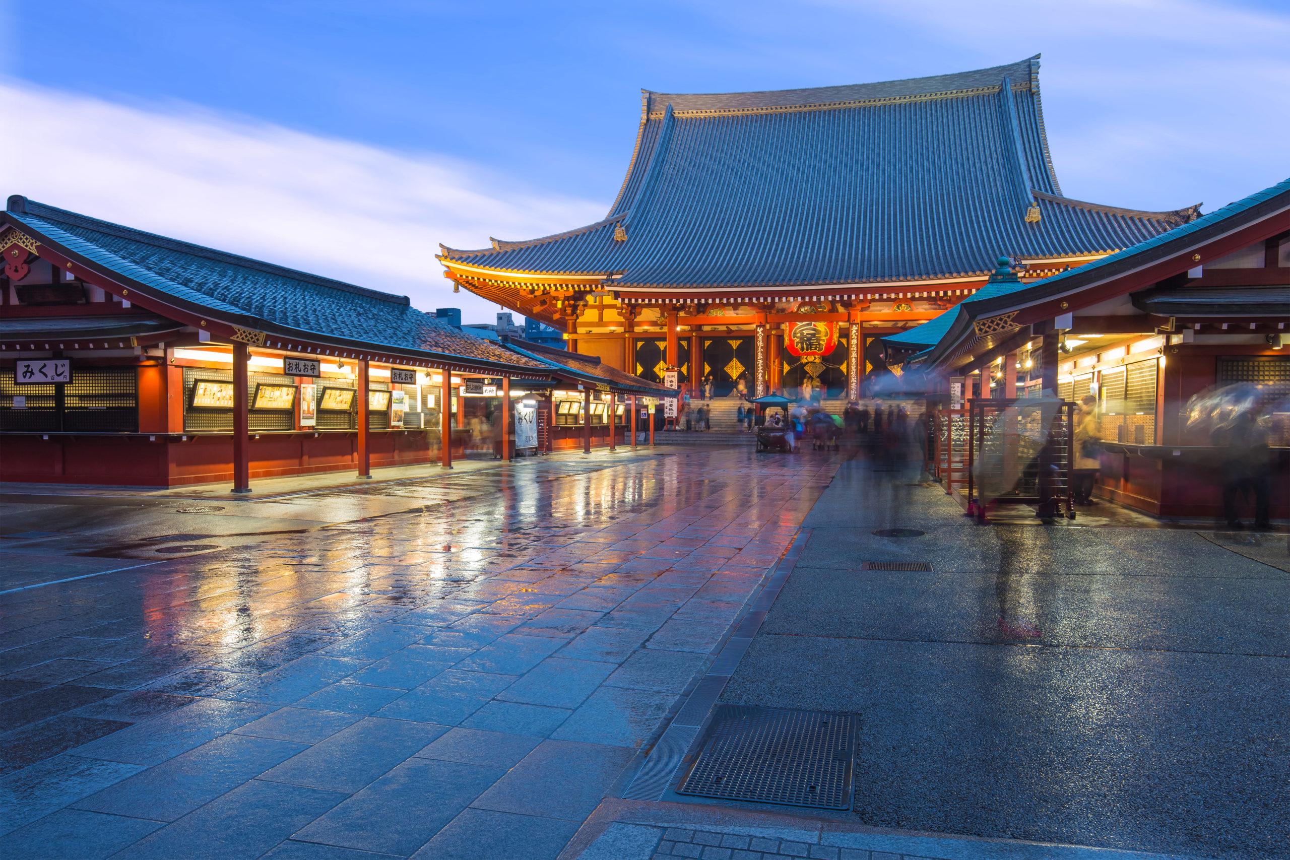 国内でも稀な絶対秘仏の聖観音菩薩(浅草寺)